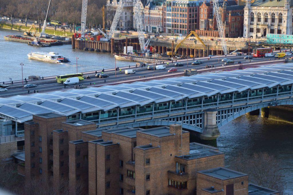 Trenes alimentados con Energía Solar